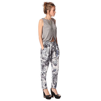 Gray printed pant with elastic waistband