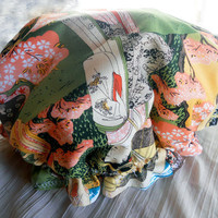 Retro Shower Cap - Rockabilly Bath and Beauty Hat - Japanese Geisha Pattern