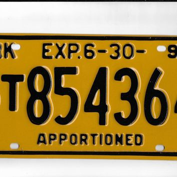 1995 Arkansas Apportioned License Plate ST854364