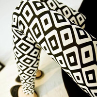 Design 304 - Black & White Squares Leggings