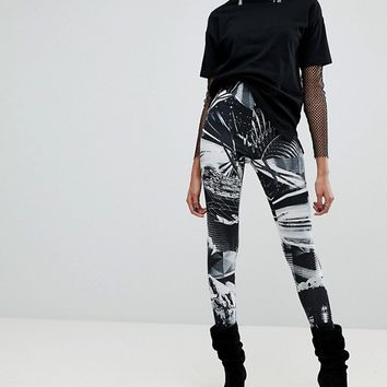 ASOS X Star Wars Printed Leggings at asos.com