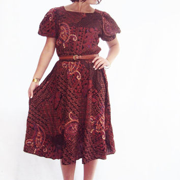 70s ethnic print belted midi dress s, m burgundy puff sleeve full skirt vintage 70s dress