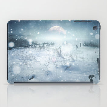 When she turned on me iPad Case by HappyMelvin