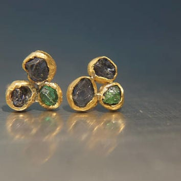solid 24k gold-green emerald blue sapphire Stud -raw gem stone- Earrings-stud earrings-24k gold earrings-raw emerald earrings rough stone