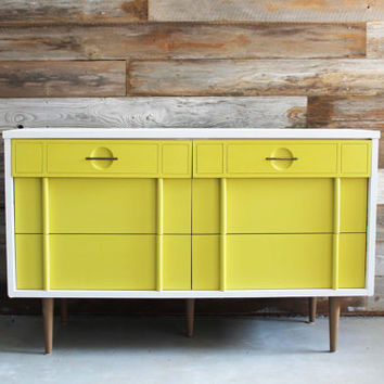 Vintage Painted White And Mustard Yellow MCM Mid Century Modern Dresser /  Chest Of Drawers /