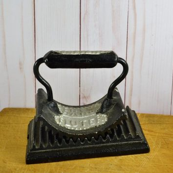 Cast Iron Fluter Crimper Pleat Maker  Iron Antique 1800s Vintage Farmhouse Primitive Geneva Il