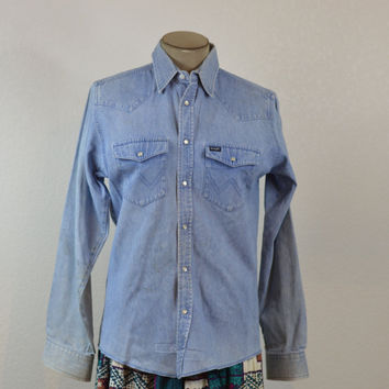 90's Vintage Wrangler Denim Western Shirt Pearl Snap Buttons Beautifully Distressed