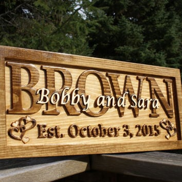 Personalized Family Name Sign Wedding Gift Custom Carved Wooden Signs Last Name Décor Established Wood Plaque 3D Carved Couple Anniversary