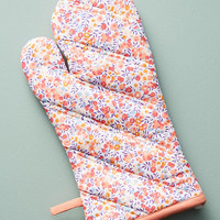 Liberty for Anthropologie Wiltshire Berry Oven Mitt