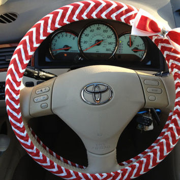 Steering Wheel Cover Red & White Chevron Fabric w/White and Red Bow