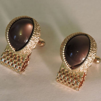 Vintage Swank Brown Thermoset Moon Glow Oval Cabochons Cat Eye Shaped Mesh Link Cufflinks