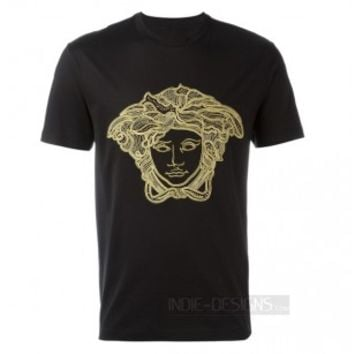 Indie Designs Embroidered 'Medusa Head' T-shirt