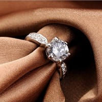 FM42 Silver-tone Solitaire 7.5mm Round Clear Crystal Engagement Ring R86 Size 5