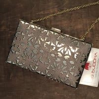 Metallic Cut-out Clutch