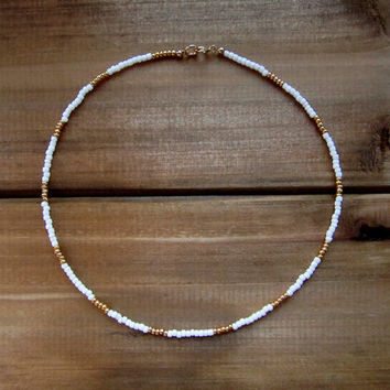 White and Gold Beaded Choker Necklace // Gold Choker // White Choker // Beaded Choker // Seed Beads // Handmade Choker // Beaded Necklace