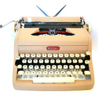 Royal Quiet Deluxe Typewriter Pinkish Tan in by DeidresRedos