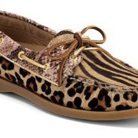 Sperry Top-Sider Women's Cloud Logo Authentic Original 2-Eye Boat Shoe.
