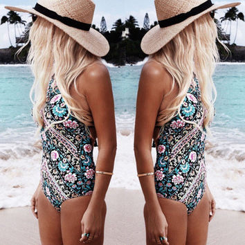 Thin printed triangle swimsuit