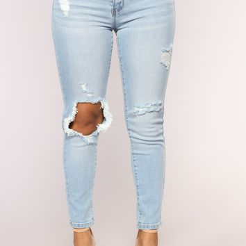 Hit Me Up Ankle Jeans - Medium Blue Wash