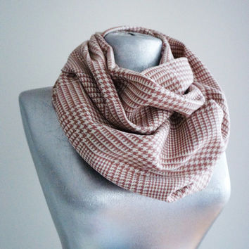Handmade Houndstooth Infinity Scarf - Tweed - Soft Pink - Winter Autumn Scarf