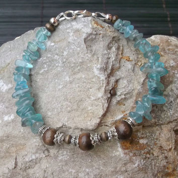 Kyanite wooden handmade stone bracelet for women, Classic fashionable jewelry for any outfit