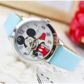 New Fashion Lovely watch hello kitty Kids Children Cartoon desgin Brand Quartz Wristwatches feminino ceasuri Relogio kol saati