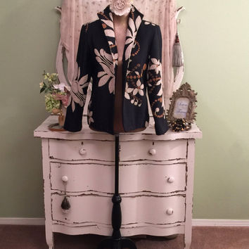 Ornate Macrame Jacket, Bohemian Floral Coat, Cowgirl Chic, Charcoal Gray w Off White Macrame Scroll and Flowers, FABULOUS!  Womens Small