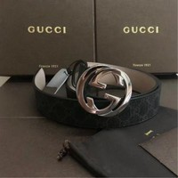 Authentic Gucci Men's black Leather Silver Buckle Belt size 95/38
