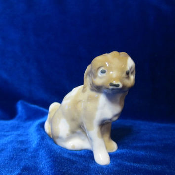 Vintage USSR Porcelain Figurine Soviet Russian porcelain ceramic animal Dog  soviet 1970 ukrainian