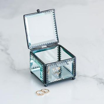 Vintage Inspired Glass Jewelry Box (Pack of 1)