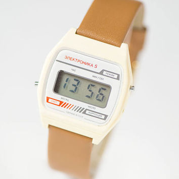 Digital men's watch white Elektronika 5 unisex LCD face wristwatch, digital face watch gift, summer watch USSR, genuine leather strap new