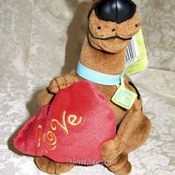 Licensed cool WB Scooby Doo Dog LOVE Valentines Day Bean Bag Plush RED HEART 4 Jewelry Candy
