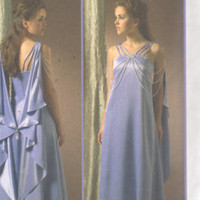 """Padme Amidala, Evening Gown, Star Wars Costume -2000's - McCall's Pattern 4995 Uncut  Size 6-8-10-12  Bust 30.5-31.5-32.5-34"""""""