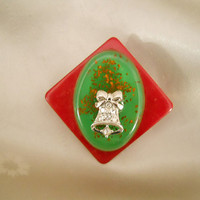 Christmas Pin - Holiday Pin - Upcycled Vintage Confetti Lucite