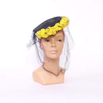 Vintage 40s Tilt Hat / 1940s Navy Straw & Bright Yellow Flowers Hat with Veil