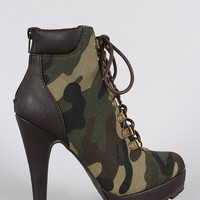Camouflaged Military Lace Up Platform Booties