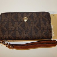One-nice™ Michael Kors Jet Set Travel Slim Tech Wristlet Phone Case Luggage Brown Leather