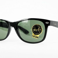 Ray Ban Sonnenbrille / Sunglasses NEW WAYFARER RB2132 901 52
