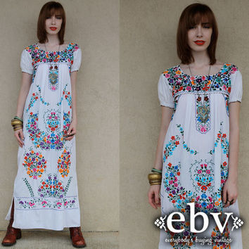 Vintage 70s White Mexican Embroidered Hippie Boho Maxi Dress S M
