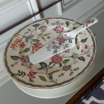 Vintage Andrea by Sadek cake plate with server, Buckingham Pattern. New in box