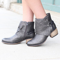 Corky's: Tootsie Laser Cut Bootie {Pewter}