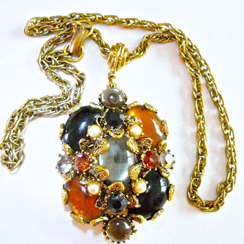 Baroque HOLLYCRAFT Glass Cabochon Pendant Necklace, Topaz, Black, Green Stones....vintage