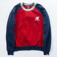 Boys & Men New Balance Round-Neck Top Sweater Pullover