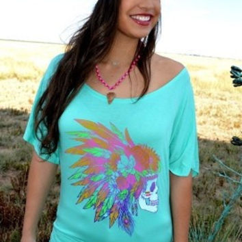 Feathered skull slouchy tee