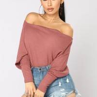 Apres Chic Off Shoulder Sweater - Mauve