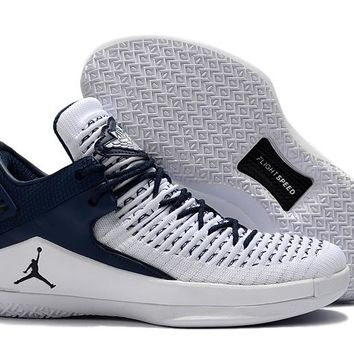 Nike Air Jordan 32 XXXII Retro Low White/Navy Sneaker