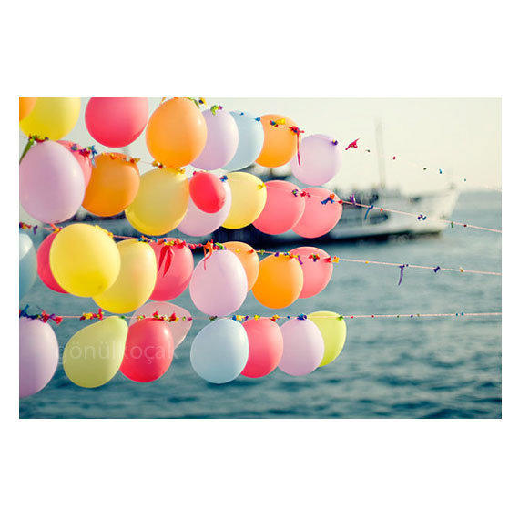 Balloon photography wall art kids wall from gonulk on etsy for Balloon decoration on wall