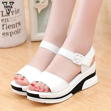 Platform Sandals Women Summer Shoes Soft Leather Casual Open Toe Gladiator wedges Trif