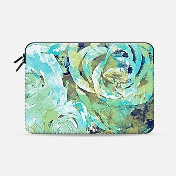 "Roses Green Macbook 12"" sleeve by Rui Faria 