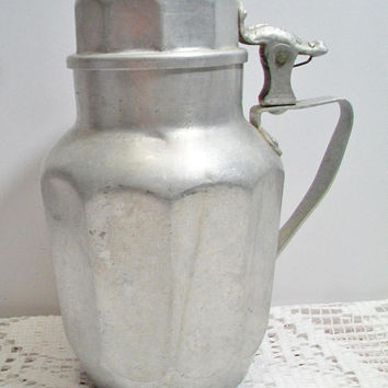 Viko The Popular Aluminum Syrup Pitcher Vintage USA Hinged Pancake Breakfast Rustic Country Kitchen Retro Home Decor